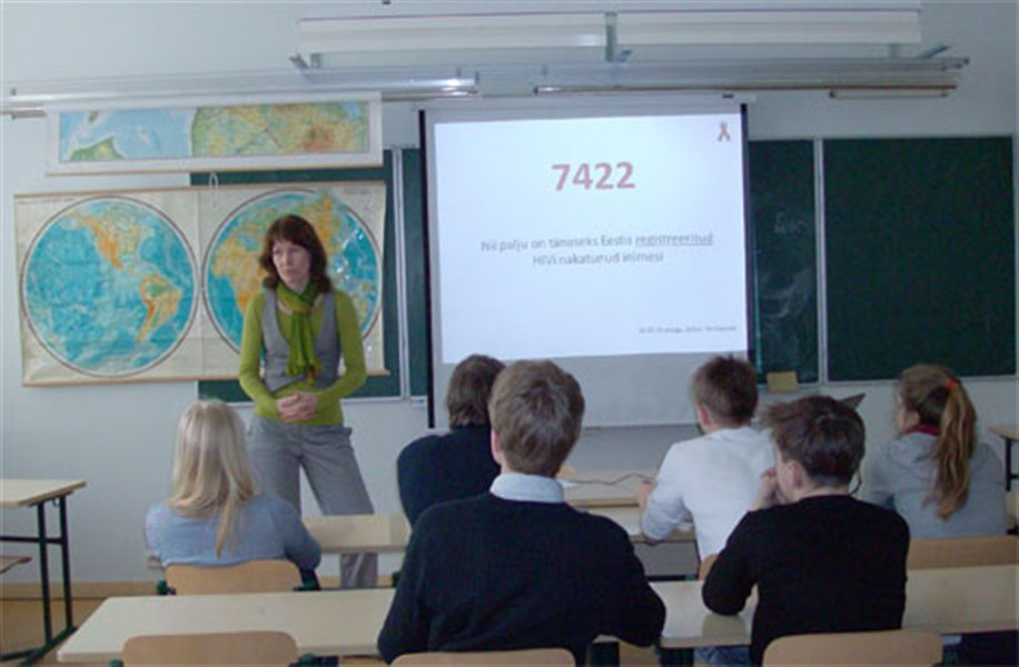 CEOs of commercial companies teach sexual education at Estonian high schools